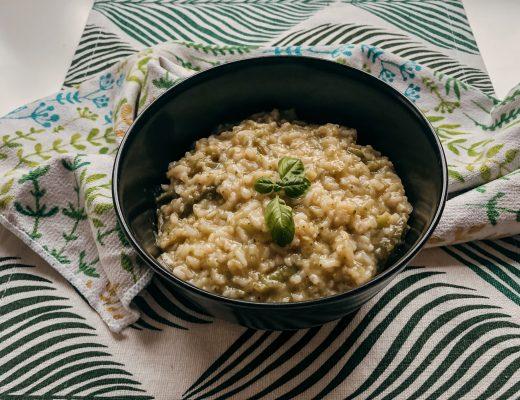 risotto z zielonymi warzywami
